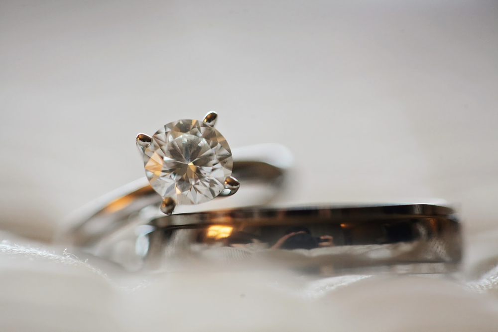 diamond engagement ring and wedding ring set
